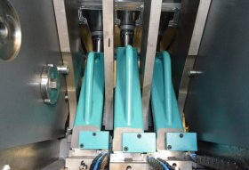 Flange-Punching Unit: High Flexibility