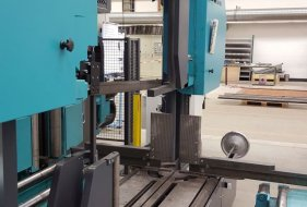 Horizontal and Vertical Profile Clamping