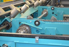 Cross Transport by Means of Conveyor Chains