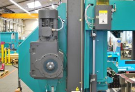 Saw Band Drive (11.0 kW) / Saw Band Feed