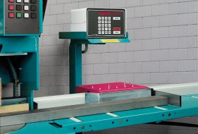 L 40 NC Length Measuring System with Outfeed Roller Conveyor